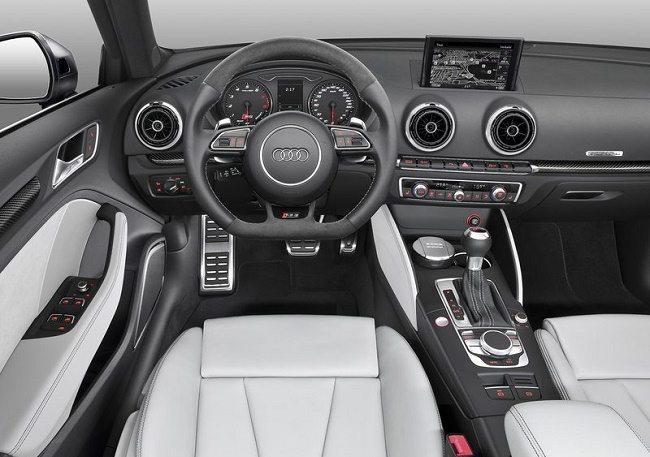 Audi-RS3_Sportback_2016_800x600_wallpaper_04