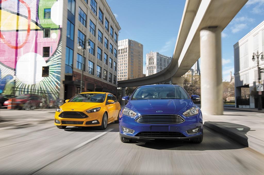 Ford Focus 2015. Llega con pequeños cambios interiores y exteriores