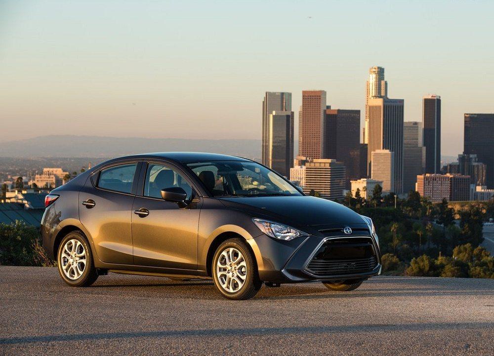 Un Scion, con cara de Mazda y vendido por Toyota. Sí, existe y se venderá en México