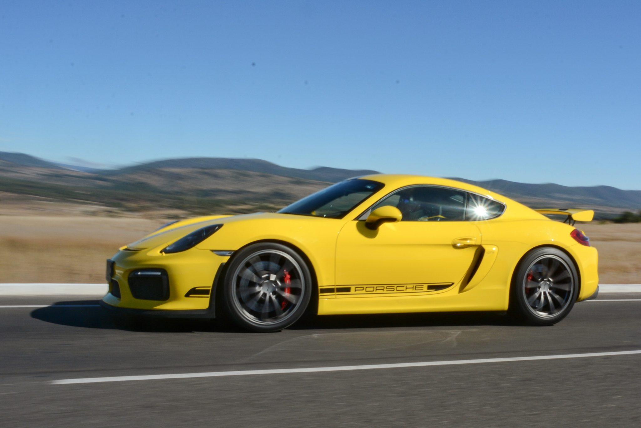 Porsche Cayman GT4. ¡Lo probamos como deber ser!