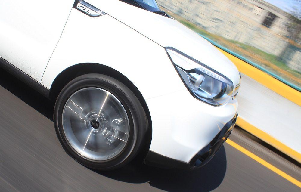 ¿Cuándo cambiar las llantas del auto? Ya sea por desgaste, tiempo de vida o daño irreparable