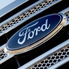 Además de autos, Ford también ha construido más de 200 escuelas en México