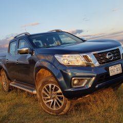 Nissan NP300 Frontier y el reto de no regar agua en su interior