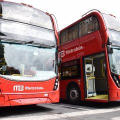 La CDMX estrena 90 autobuses de doble piso que recorrerán el Paseo de la Reforma