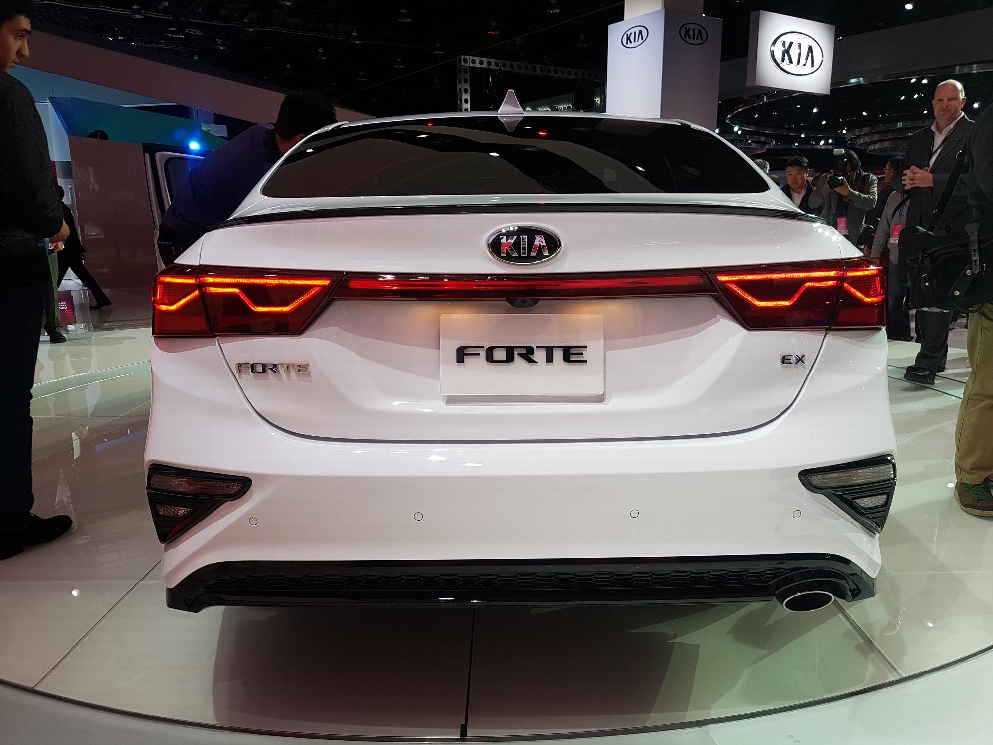 2019 Kia Rio >> El nuevo KIA Forte 2019 sorprende por su parecido con el Stinger – Autos y Moda México