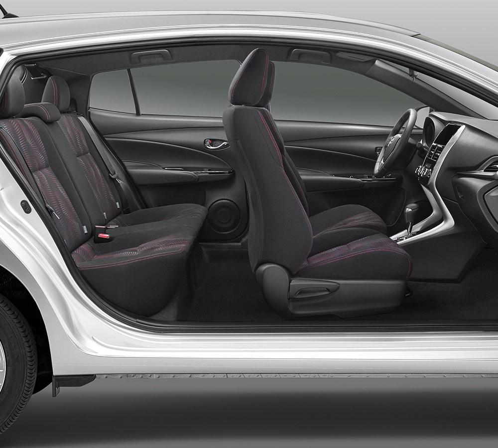 toyota yaris hatchback  precios  versiones en mexico autos  moda mexico