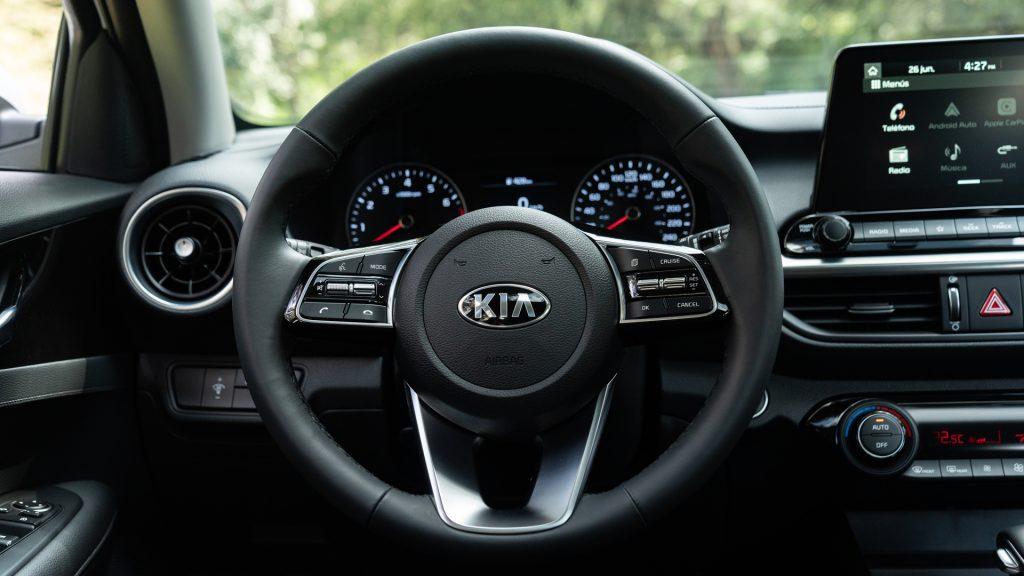 KIA Forte 2019: precios y versiones en México – Autos y ...