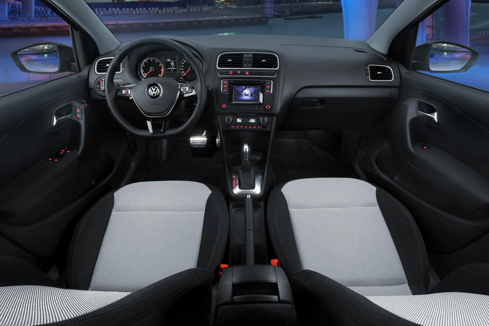 Volkswagen Polo Sportline 2018 interior – Autos y Moda México